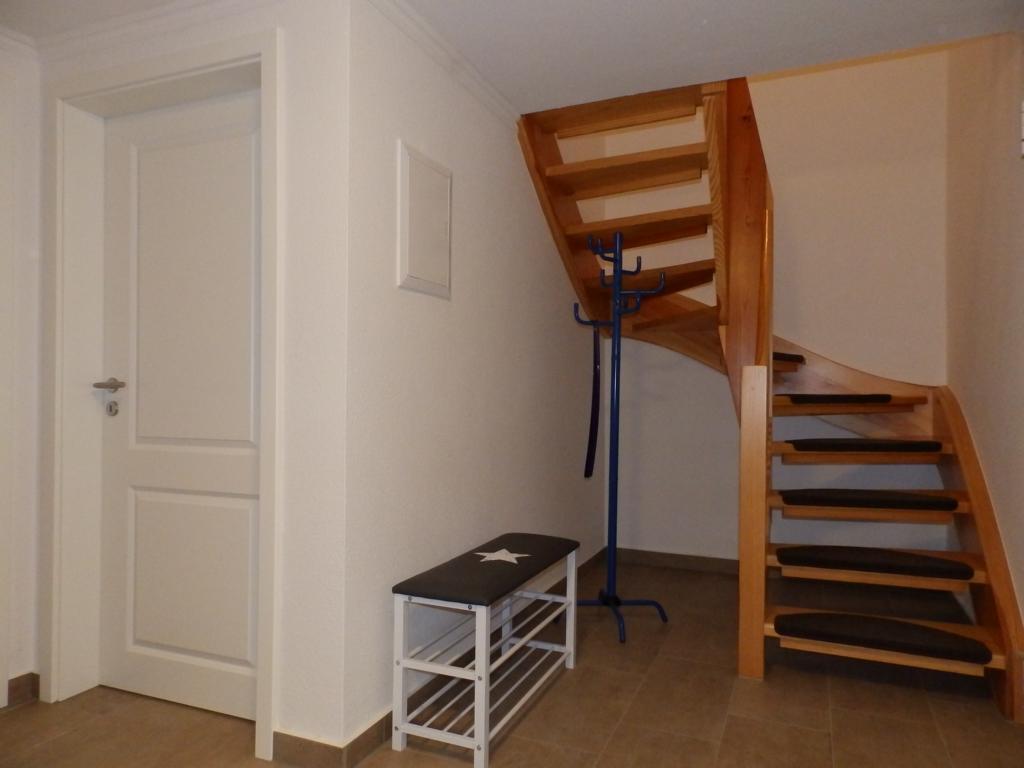 Der Flur unten, Treppe nach oben